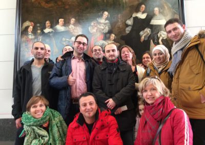 Weekly museum visit for refugees